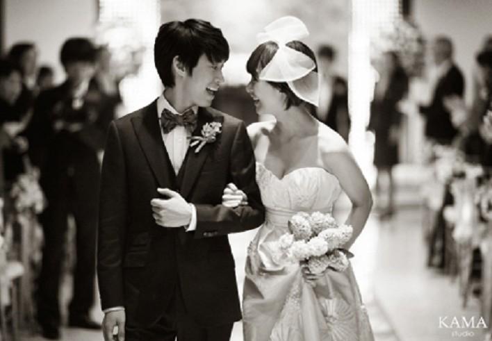 Tablo and Kang hye jung's wedding photo