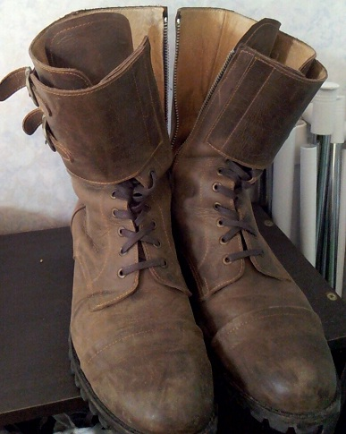 first_HYBRID_boots