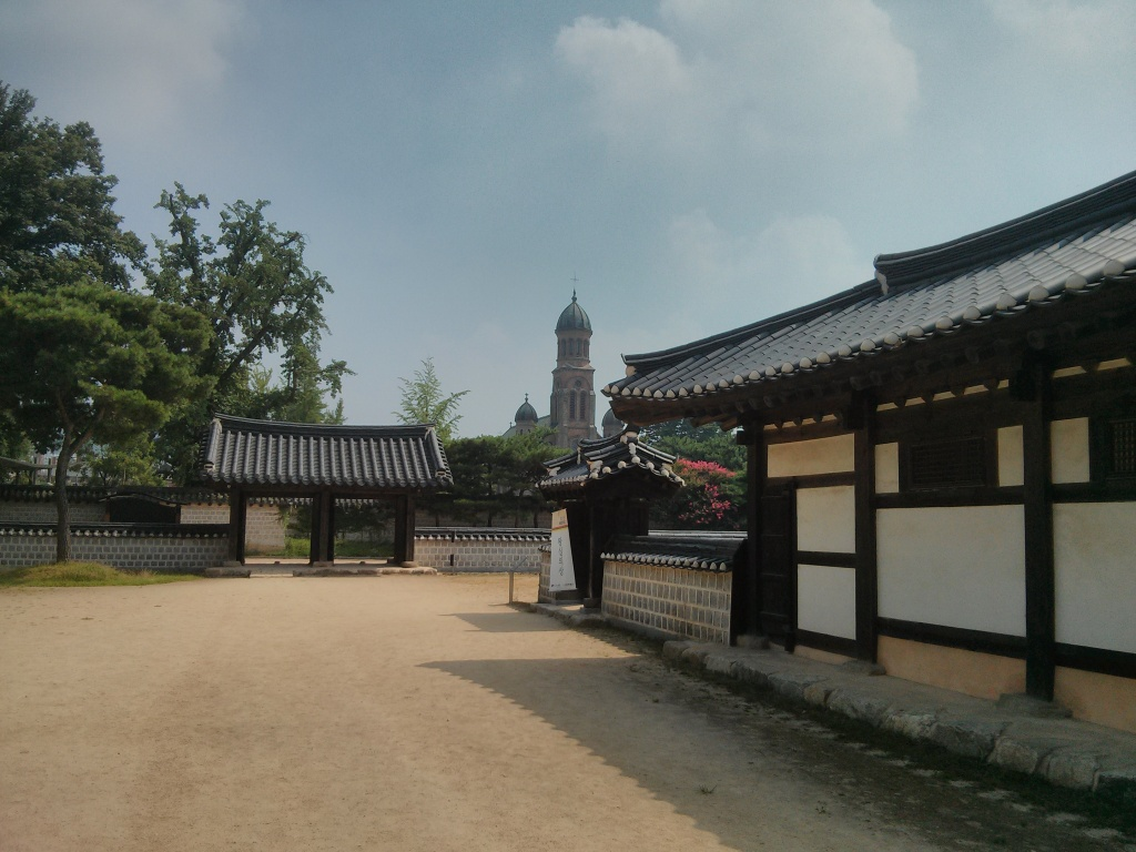 image3 Gyeonggijeon and Jeon-Dong catholic church