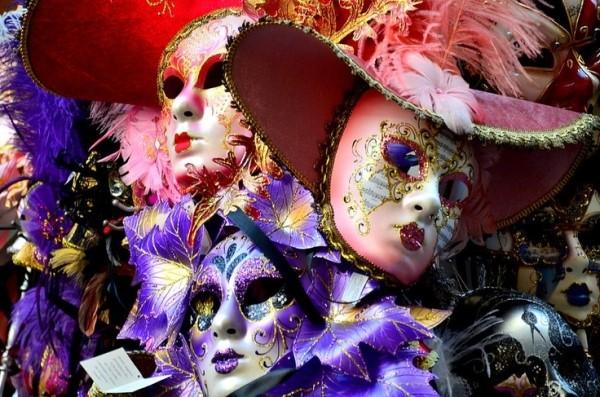 mask festival